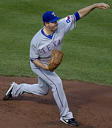 Joe Saunders with the Texas Rangers.jpg
