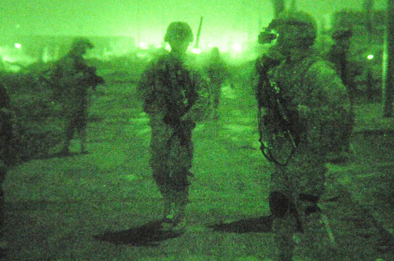 File:Joint operation with Iraqi national police at Forward Operating Base Loyalty DVIDS144354.jpg