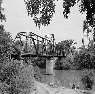 Judsonia, Arkansas - The Judsonia Bridge over Little Red River is listed on the National Register of Historic Places
