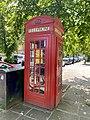 K2 telephone kiosk on Pond Square, July 2021.jpg