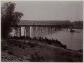 KITLV - 28637 - Kurkdjian - Soerabaja - Railway bridge over a river in Java with a pile driver - circa 1912.tif