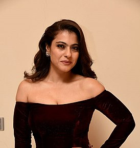 Kajol at filmfare 2018.jpg