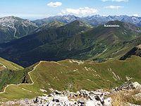 Szczyty Tatr Zachodnich na tle Tatr Wysokich