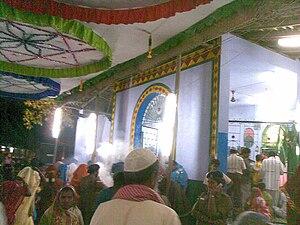 Melakkal Kanavai - Dargah of Hazrat Varushai Syed Ibrahim waliyullah on the night of urus, Kanavai, Melakkal, Madurai