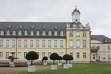 Karlsruhe, Ostteil des Schlosses.JPG