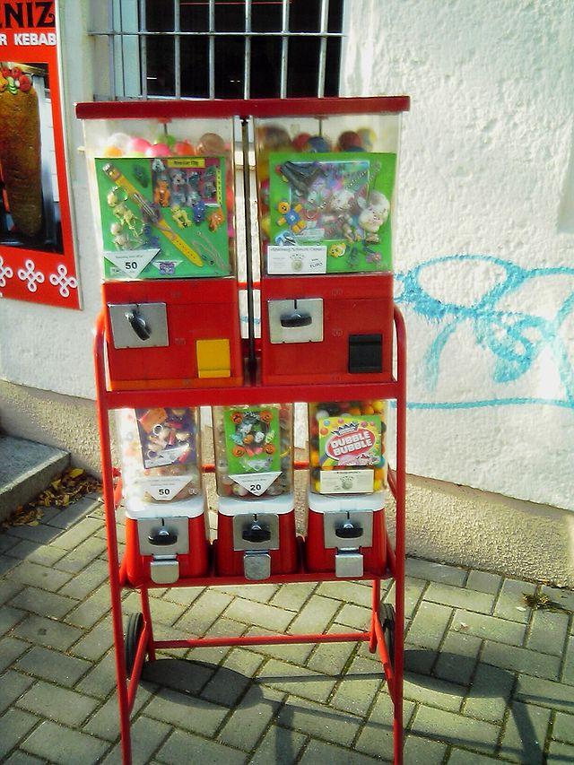 640px-Kaugummiautomat001.jpg