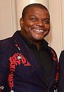Kehinde Wiley (2015) (cropped).jpg