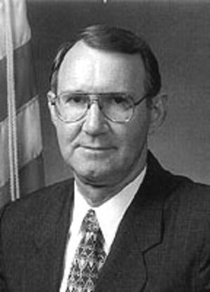 Kenneth R. Wykle - Image: Kenneth R Wykle