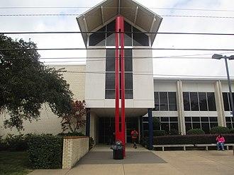 Kilgore College - Image: Kilgore College Student Center IMG 5914