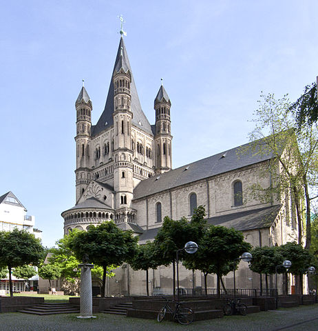 http://upload.wikimedia.org/wikipedia/commons/thumb/c/c6/Koeln_gross_st_martin.jpg/462px-Koeln_gross_st_martin.jpg