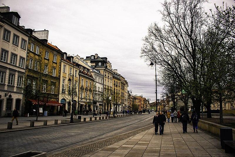 Como ir do aeroporto de Varsóvia para o centro com tranquilidade