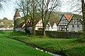 Lüdge Stadtmauer Kleine Emmer.jpg