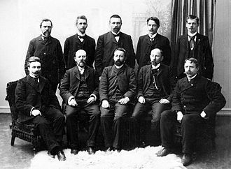 Christian Holtermann Knudsen - Labour parliamentary group 1906; Knudsen second from the left in the lower row.