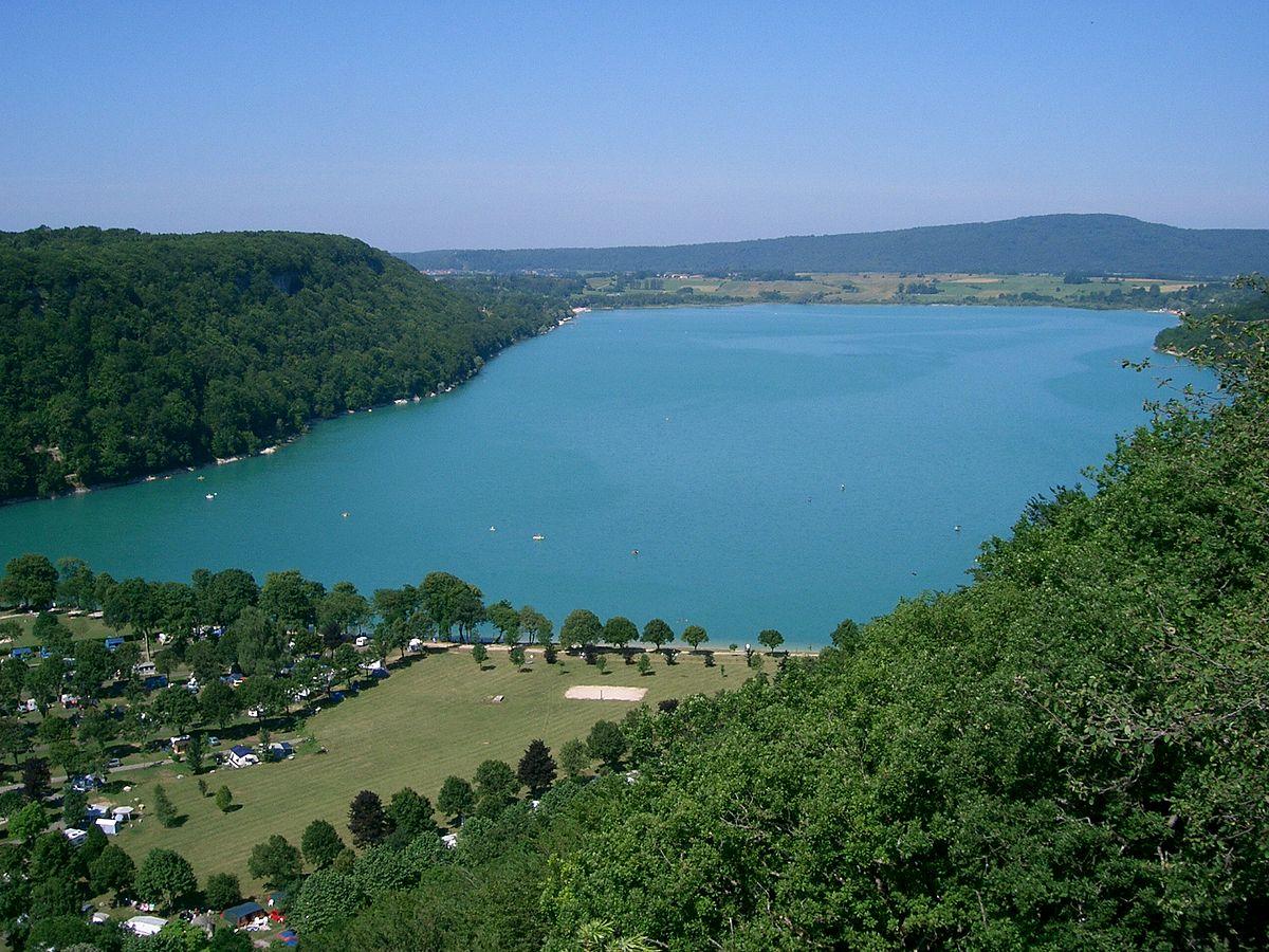 Lac de chalain wikipedia - Office du tourisme clairvaux les lacs ...