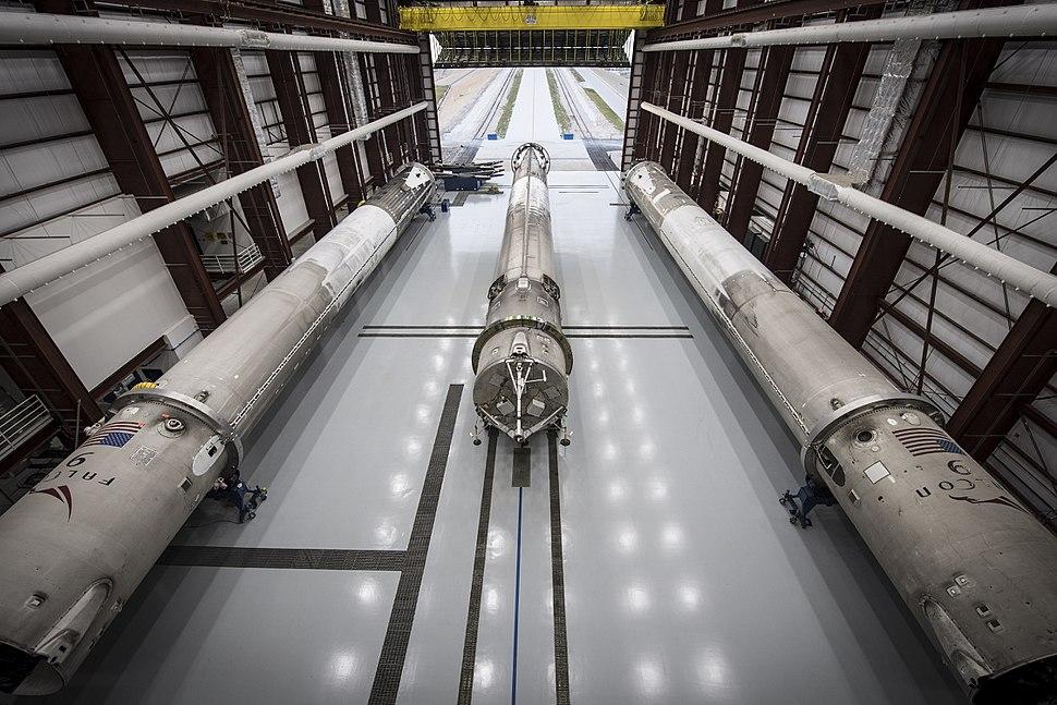 Landed rockets in hangar 39A (26428480464)