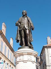 statue de Denis Diderot