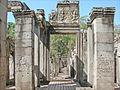 Le Bayon (Angkor Thom) (6917957931).jpg