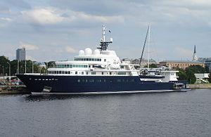 Le Grand Bleu (yacht) - Image: Le Grand Bleu 31July 010