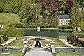 Le jardin anglais en face de l'étang du Moulin (28049905852).jpg
