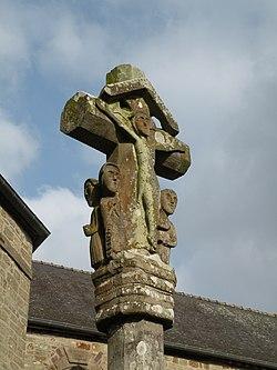 Lieuron croix-face sud.jpg