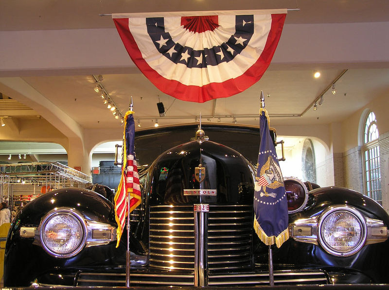 File:Lincoln-Ford Museum.jpg