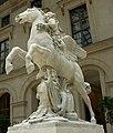 Louvre renommée trois quarts.jpg