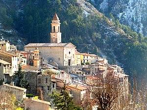 http://upload.wikimedia.org/wikipedia/commons/thumb/c/c6/Luceram_Alpes_Maritimes.jpg/300px-Luceram_Alpes_Maritimes.jpg