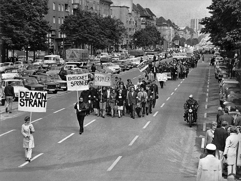 File:Ludwig Binder Haus der Geschichte Studentenrevolte 1968 2001 03 0275.0254 (17085210601).jpg