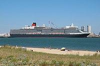 MS Queen Elizabeth La Rochelle.jpg