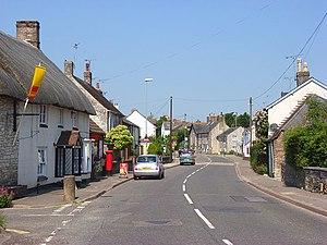 Broadmayne - Image: Main Street, Broadmayne geograph.org.uk 847819
