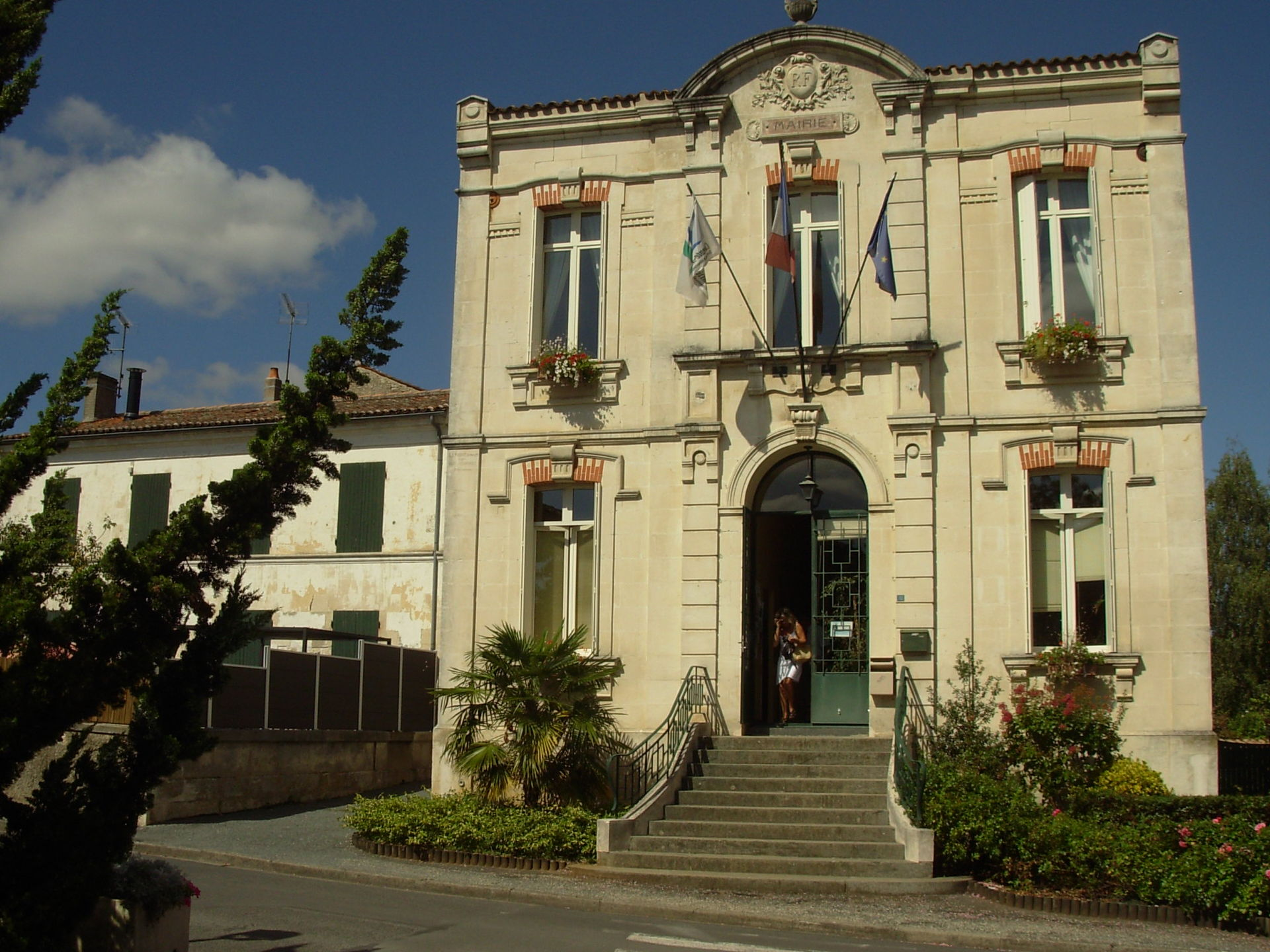SaintGeorgesduBois (CharenteMaritime) – Wikipédia ~ Saint George Du Bois