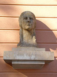 Marie Kuderikova bust.jpg