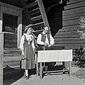 Marjatta and Martti Pokela in Seurasaari on 19590920 M012 KK30S 19.jpg