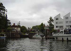 Marlow Lock - Marlow Lock from downstream
