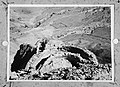 Massada. Blik op de opgravingen ter plaatse van het Romeinse legerkamp, Bestanddeelnr 255-2727.jpg