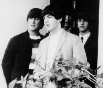 McCartney (centre) with the rest of the Beatles in 1964 McCartney (cropped).jpg
