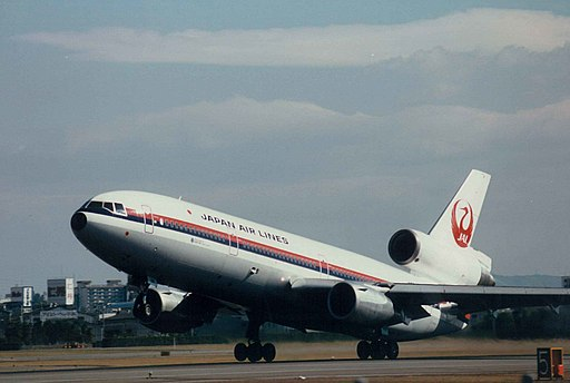 McDonnell Douglas DC-10 (Japan Airlines) 16