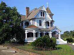 McLeodHouse (Hattiesburg, MS).jpg