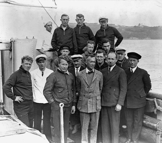 File:Members of the Ellsworth Expedition to Antarctica, ca 1933.jpg