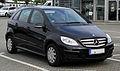 Mercedes-Benz B-Klasse (T 245, Facelift) – Frontansicht, 3. Juli 2011, Velbert.jpg