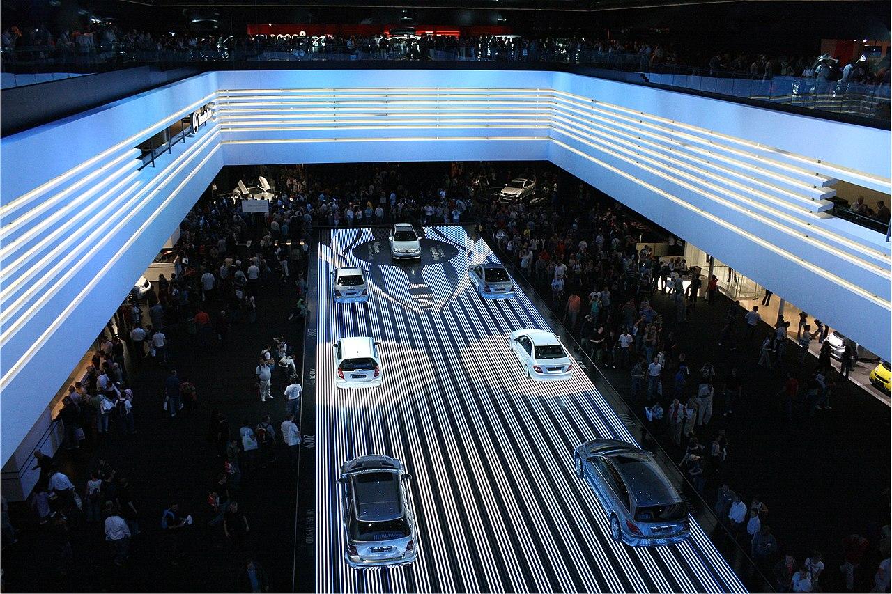 Mercedes-Benz IAA 2007.jpg