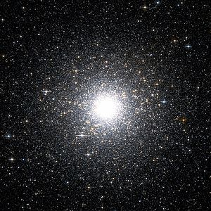 Messier 54 Hubble WikiSky.jpg