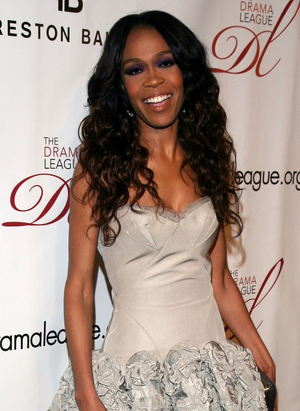 The Writing's on the Wall - Michelle Williams joined the group with Farrah Franklin as a replacement for Luckett and Roberson.