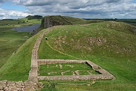 Milecastle 39 on Hadrian's Wall.jpg