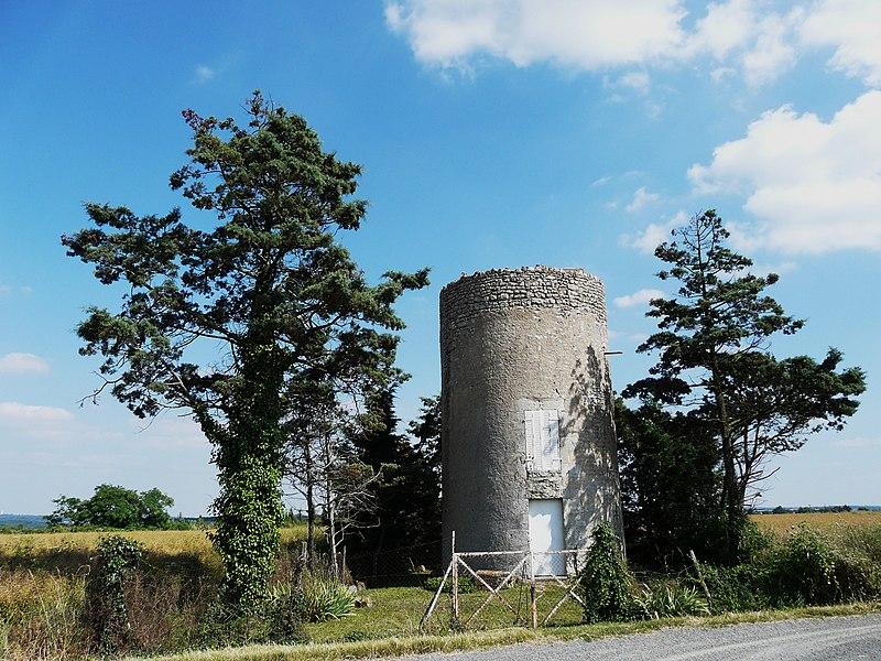 Image:Missé ancien moulin à vent.JPG