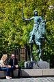 Monument à Jeanne d'Arc près de la Cathédrale Notre-Dame.jpg