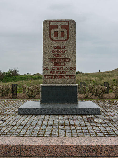 Fichier:Monument 90th US Infantry Division Utah Beach Manche, France.jpg