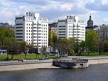 220px-Moscow%2C_Krasnokholmskaya_Embankm