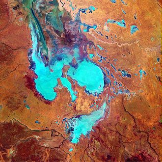 Lake Eyre - Composite Landsat 7 satellite image using shortwave infrared, near-infrared, and blue wavelengths
