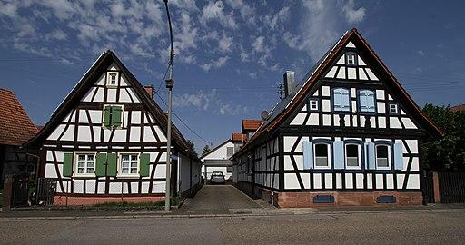 Neuburg 310 Rheinstr 3+1 gje